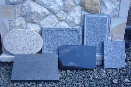 Grilovací kameny různých typů